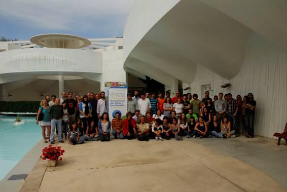 Ponentes y parte de los participantes en las jornadas, en las instalaciones del CEMACAM