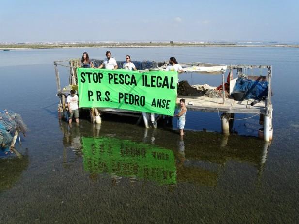 protesta pesca ilegal encañizadas