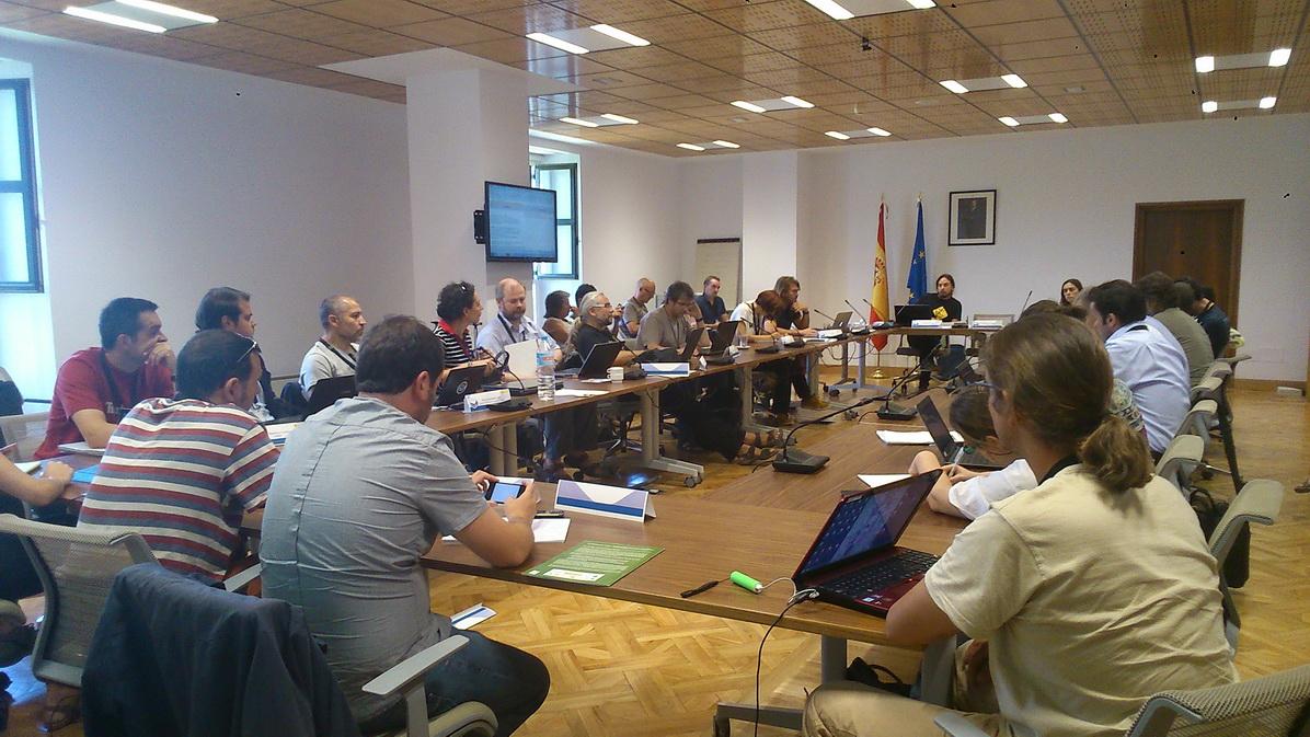 Momento de la puesta en común de las deliberaciones de los distintos grupos de trabajo (ANSE)